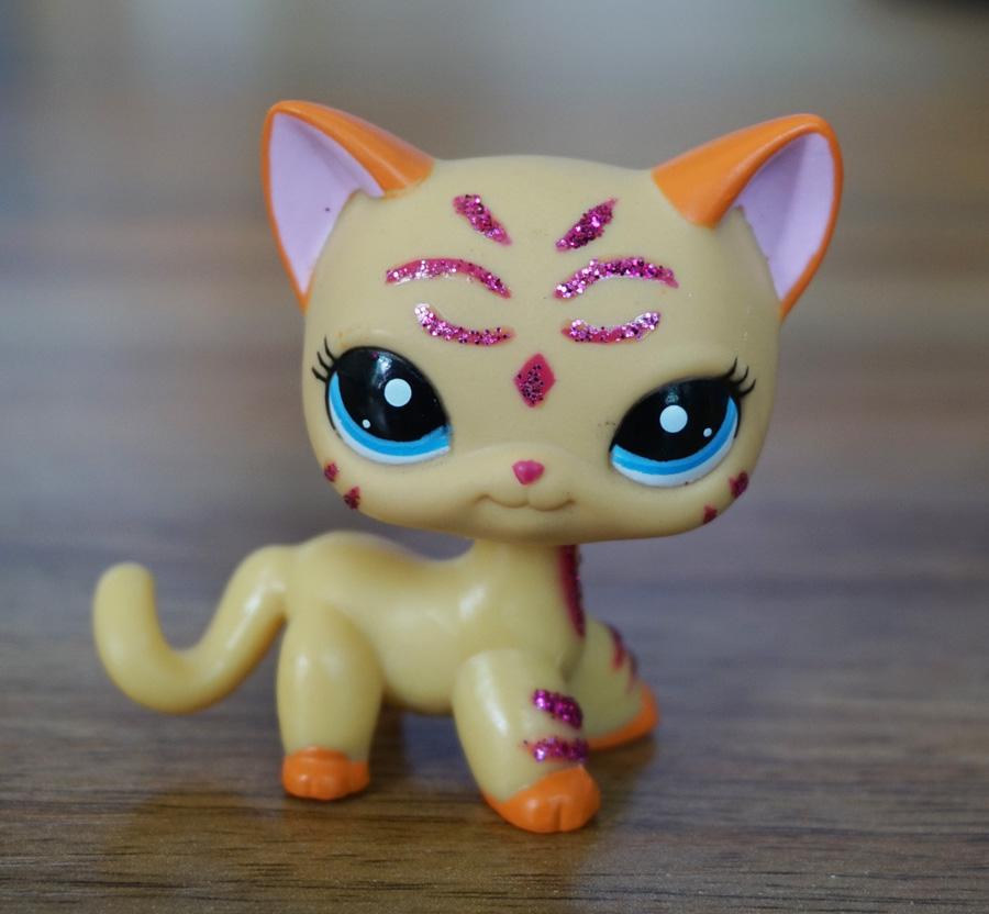 2'' Purple Glitter Sparkle Standing Ranch Cat Littlest Pet